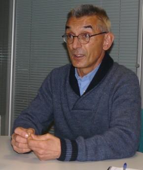 """Joan Marti, l'un des porte-parole du collectif """"No a la MAT""""."""