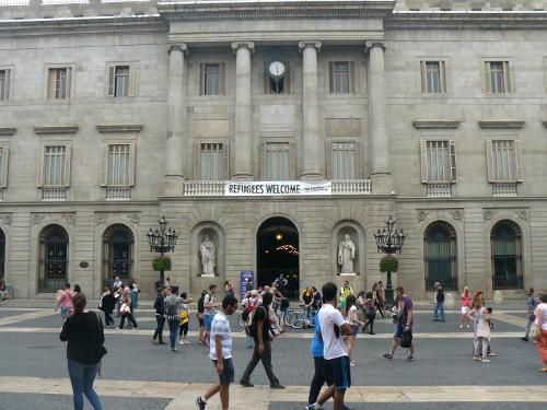 """Barcelone """"cité refuge""""."""